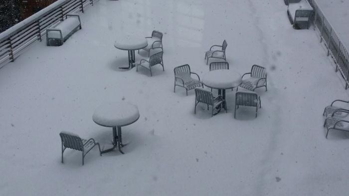 Dit was vanochtend. Er ligt nu NOG meer sneeuw