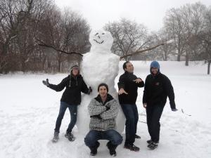 Onze enorme tweede sneeuwpop!