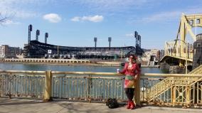 Voor het stadion van de Pittsburgh Pirates