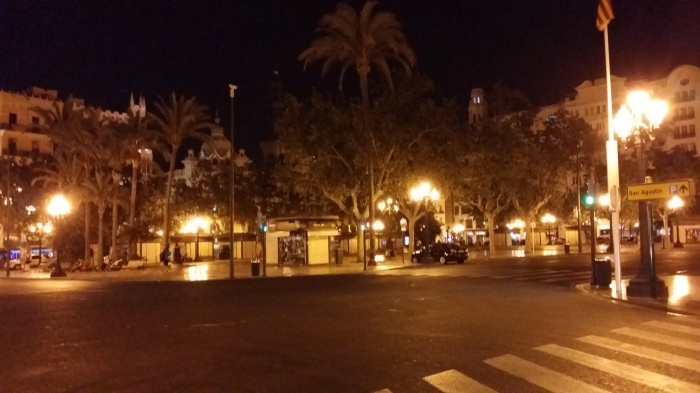 Valencia bij nacht