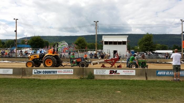 Grasmaaier-tractor-pulling