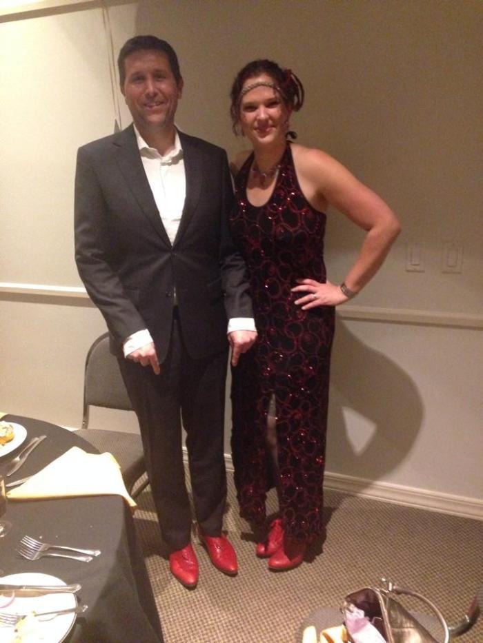 Met rode schoenen, alleen zie je dat niet in zwart-wit...