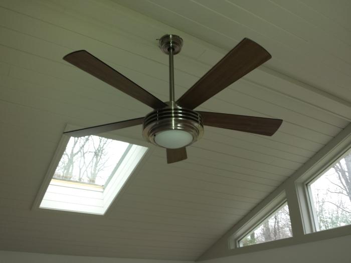 Onze ventilator, type 'Mondriaan'