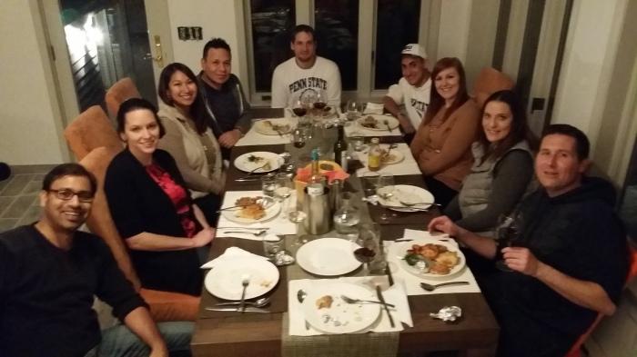 Dinner Club! Aan onze eettafel in de sunroom
