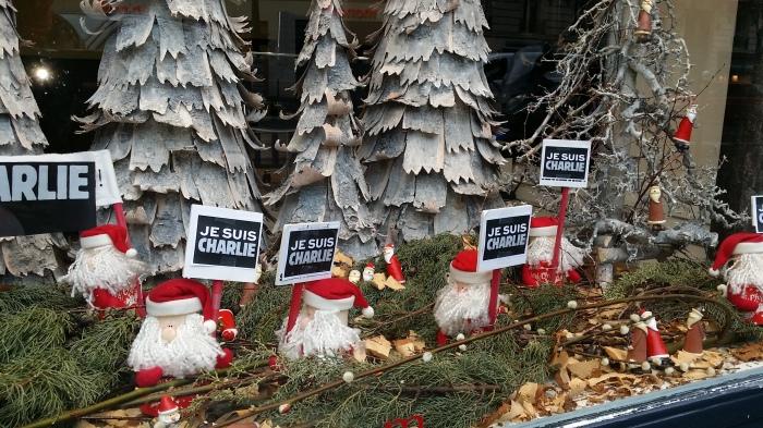 Je suis Charlie Hebdo - overal steunuitingen in Parijs
