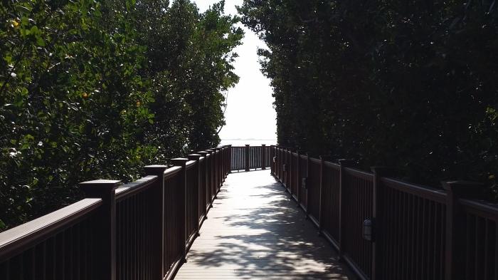 De 'nature trail' vanuit het hotel richting de baai