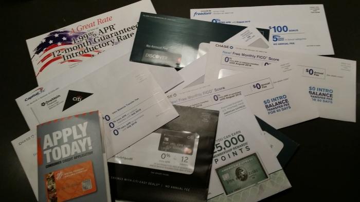 De oogst van drie weken credit card aanbiedingen verzamelen