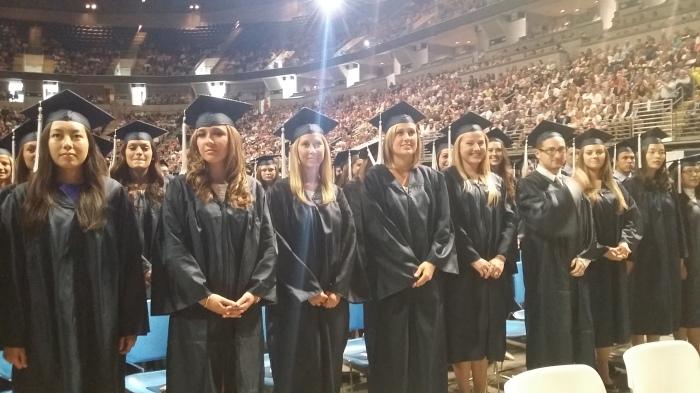 Hier zitten een aantal van mijn studenten tussen. Op de eerste rij natuurlijk!