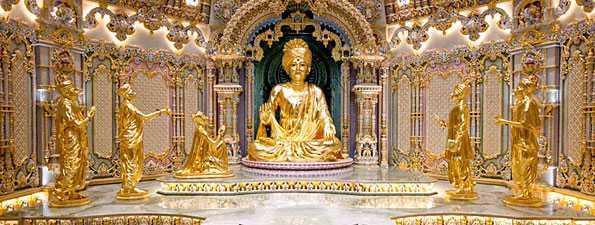 Foto van Akshardham.com... binnenkant van een deel van de tempel