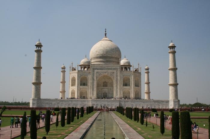 De typische Taj Mahal-foto: recht van voren om de symmetrie recht te doen