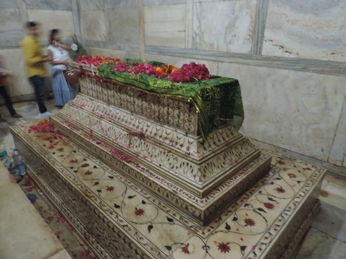 Een beetje een stiekeme foto: de graftombe van Mumtaz Mahal