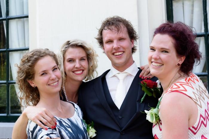 Eindelijk een foto van ons vier! Hendrieke, Albertine, Klaas en ik (copyright Miranda Vijfvinkel)