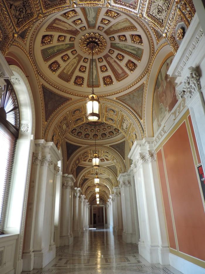 In de Library of Congress. Niet vergeten omhoog te kijken!