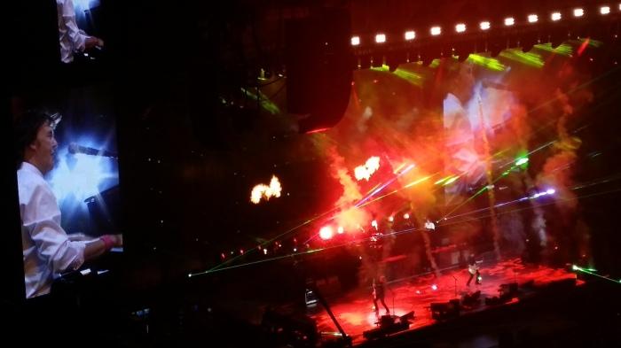 Paul McCartney, met een vuurwerkshow