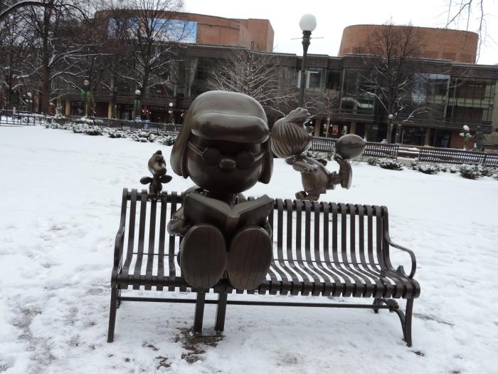 De Twin Cities zijn ook de geboorteplaats van Schulz (tekenaar van Snoopy en Charlie Brown)