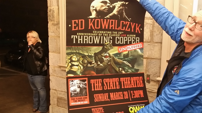 Het affiche van het concert in The State Theatre van State College