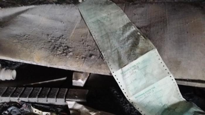 Reliek van vroeger: een pakbon gemaakt op een matrixprinter