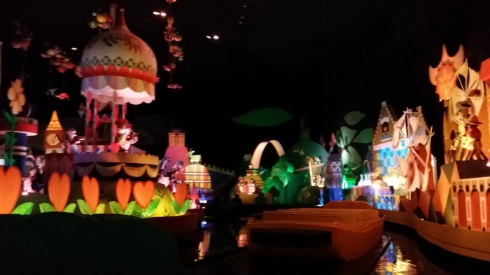 Uit 'It's a small world after all'